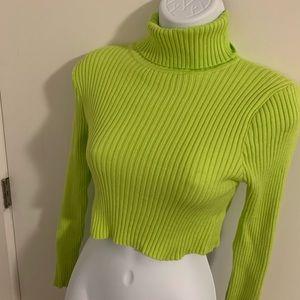 Fashionnova sweater crop top